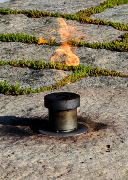 Eternal flame, JFK gravesite