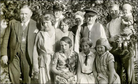 Nuckel family