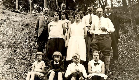 Nuckel family 1930